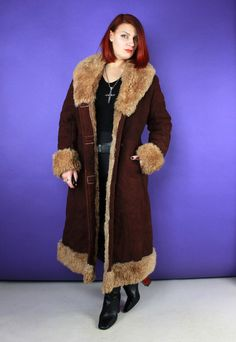 Vintage 70s Suede Sheepskin Penny Lane Coat // stunning dark reddish brown suede outer // thick golden brown sheepskin inner // huge collar and cuffs // Penny Lane vibes! // fastes with buttons down the front // two front pockets // CONDITION: Excellent. As with all vintage garments they are one of a kind - please expect some signs of natural age/wear // SIZE: would fit size UK12-14 depending on your desired fit - please click on the above SIZING AND CARE tab and use the measurements… Reddish Brown, Golden Brown, Vintage Clothing, Vintage Outfits, Penny Lane Coat, Big Huge, Collar And Cuff, Vintage 70s, Brown Suede