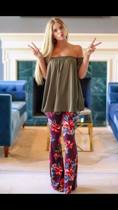 I love this look Off Shoulder Blouse, Latest Trends, Burgundy, Fancy, Mom, Floral, How To Wear, Clothes, Fashion