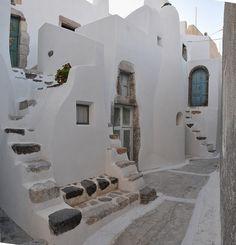Emporio Village / Santorini