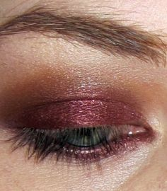 Plum and burgundy are two best hues for green eyes. Bronze, copper and golden are also recommended. Avoid using blues and pinks as well as white and silver shadows. Girls with green eyes also mostly use brown eyeliner over black, and rarely, if ever, wear harsh smokey eye.