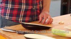 Grillaus on helppoa Atria Grillaamon ohjeilla! Kasvikset sopivat mainiosti grilliin ja lihan kaveriksi. Kokki Aki Wahlman grillaa helppoja kasvislisukkeita tuoreista kasviksista ja juureksista. Lisää grillausvinkkejä ja herkullisia grillireseptejä löydät osoitteesta www.grillaamo.fi