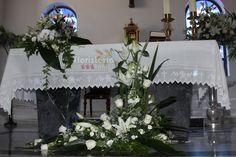 """Centro delante del altar en forma de """"L"""""""