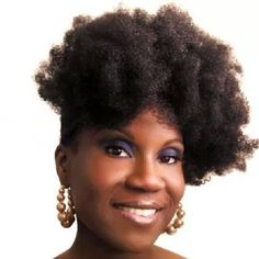 A throwback pic from 2011. I hope everyone's having a great Tuesday. #teamnatural #naturalhair #naturalista