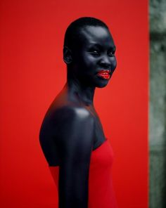 I think this girl is soooo pretty and i love the color Jean-Baptiste Mondino