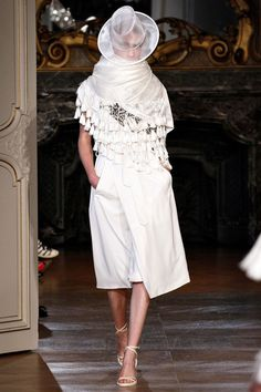 SPRING 2013 READY-TO-WEAR  A.F. Vandevorst