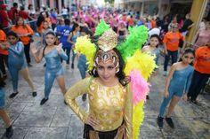 Niños abren desfiles del Carnaval Mérida 2015