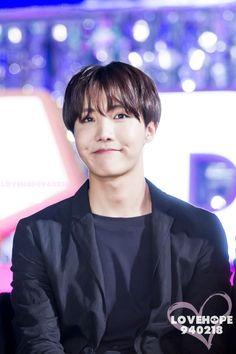 His cute dimples Taehyung, Namjoon, Seokjin, Yoongi, Jung Hoseok, Jimin, Bts Bangtan Boy, Rapper, Bts Memes