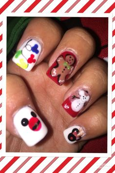 44 Best ideas for nails disney christmas art designs Disney Christmas Nails, Christmas Manicure, Christmas Nail Art Designs, Holiday Nails, Christmas Art, Christmas Treats, Disney Manicure, Disney World Nails, Cruise Nails