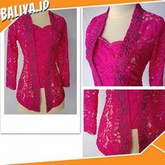 Kebaya Bali Modern, Kebaya Kutu Baru Modern, Model Kebaya Brokat Modern, Kebaya Masa Kini, Kebaya Pink, Indonesian Kebaya, Kebaya Hijab, Batik Fashion, Women's Fashion