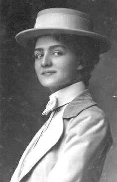 Miss Lily Elsie in masculine attire