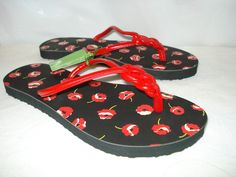'Vera Bradley Flip Flop Sandals-M-NWT ' is going up for auction at  8pm Sun, Jul 28 with a starting bid of $5.