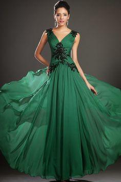 Nişanlık modelleri #geceelbiseleri, #nisanelbiseleri, #eveningdresses, #eveninggown, #bridesmaidsdresses