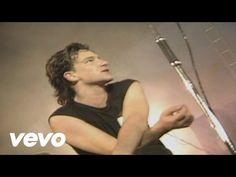 U2 - Sunday Bloody Sunday - YouTube