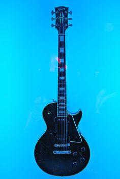 Jimmy Hendrix guitar @ Blues Bar, Chicago, IL. #hendrix #guitar