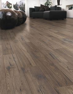 Kaindl Natural Touch Hickory Georgia Laminate Flooring