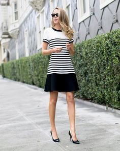 sporty black & white striped dress + black pumps {kate spade new york, sjp collection} 43 Great Outfits To Inspire Yourself – sporty black & white striped dress + black pumps {kate spade new york, sjp collection} Source Casual Work Outfits, Work Attire, Work Casual, Mode Chic, Mode Style, Black White Striped Dress, Dress Black, Dress Red, White Dress
