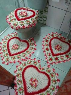 Bath Crochet Patterns Part 7 – Beautiful Crochet Patterns and Knitting Patterns – Bathroom Rugs Bath Mats Crochet Mat, Crochet Home, Crochet Doilies, Crochet Flowers, Crochet Stitches, Crochet Granny, Knitting Patterns, Crochet Patterns, Beautiful Crochet
