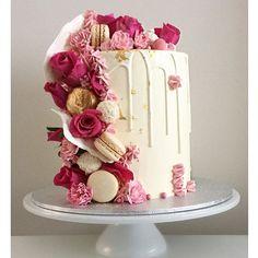 Unique Birthday Cakes, 21st Birthday Cakes, Birthday Cakes For Women, Cupcakes, Cupcake Cakes, Cake Decorating Techniques, Cake Decorating Tips, 21st Cake, Drizzle Cake