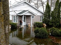Evacuation warning for Île Mercier as flash floods soak Pierrefonds, Île Bizard with more rain expected