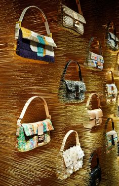 VM | Retail Design | Accessories VM | Visual Merchandising | Fendi flagship store Paris
