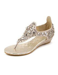3b8d37ce8b1 Gold Rhinestone Thong Toe Women s Beach Sandals With T-Strap