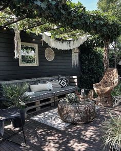 Gepostet von Brusilla www brusilla com # - Gartengestaltung Ideen Outdoor Rooms, Outdoor Gardens, Outdoor Decor, Outdoor Living, Outdoor Lounge, Backyard Patio Designs, Backyard Landscaping, Small Patio Design, Patio Ideas