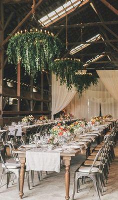 10 manières de joliment embellir un mariage avec des chandeliers - Mariage.com