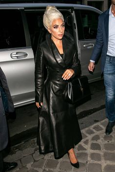 Buy Celebrities Outfits 2020 And Fashionable Designer Leather Jackets from the online leather jackets store Celebrities Outfits with Free Shipment. Long Leather Coat, Black Wool Coat, Black Faux Leather, Daily Fashion, Girl Fashion, Designer Leather Jackets, Stylish Jackets, Girl Celebrities, Celebrity Outfits