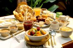 Aprenda a fazer um Brunch e se delicie com este charmoso café da manhã