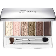 Dior Beauty Limited Edition Backstage Eye Reviver Illuminating... (510 NOK) ❤ liked on Polyvore featuring beauty products, makeup, beauty, eye brow makeup, blender brush, christian dior cosmetics, brow makeup and blending brush