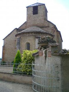 Eglise Saint Martin .Bey .Rhône-Alpes