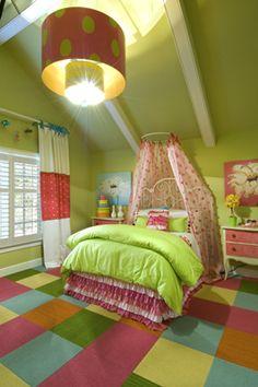 Girls big girl bedroom, pink and green