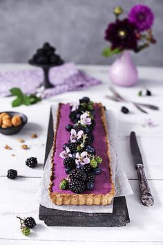 Mousse Tart with Amarettini - Rezepte: Tarte & Quiche - herzhaft & süß - Tart Recipes, Sweet Recipes, Cookie Recipes, Dessert Recipes, Cake Cookies, Cupcake Cakes, Baking Cookies, Patisserie Fine, Fall Desserts