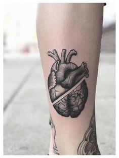Mini Tattoos, Body Art Tattoos, Small Tattoos, Cool Tattoos, Tree Of Life Tattoos, Badass Tattoos, Miniature Tattoos, Tatoo Heart, Brain Tattoo
