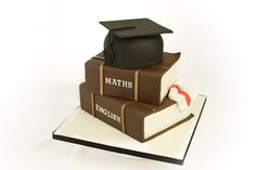 The Graduation Cake, part of a step-by-step video guide