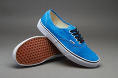 911b53cf595bb1 Vans Authentic - French Blue - True White