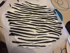 Zebra print fondant