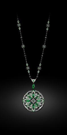 Fleur Deco necklace