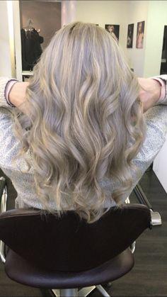 Balayage #blondhair#colorhair#style#www.myhairandbeauty.de#stylish