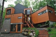 shipping container, shipping container house, Quebec, green building, home, sustainable, recycled
