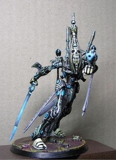 Warhammer 40k Eldar Wraithlord - epic posing and free-hand paint work!