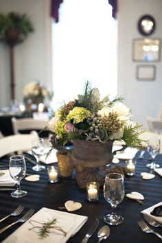 #centerpiece Photography by alysefrenchphotography.com Floral Design by moosefeathersflorist.com  Read more - http://www.stylemepretty.com/2012/06/11/brenham-wedding-at-giddings-stone-mansion-by-alyse-french-photography/