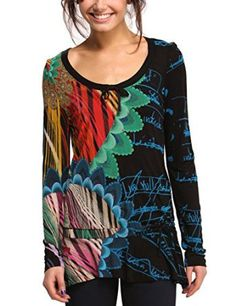 A long-sleeved T-shirt with Desigual DNA. Scribbles, bright tropical  flowers and details like the bow at the neck and decorative embroidery on  the petals. ecd43325c41d
