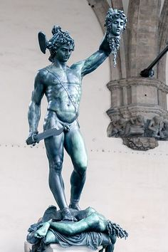 Perseus with the head of Medusa, Benvenuto Cellini Sculpture of the severed head of Medusa held up like a trophy by hero Perseus Medusa Myth, Medusa Head, Ancient Greek Sculpture, Greek Statues, Son Of Zeus, Ancient Myths, Winged Horse, Land Of Nod, Greek Mythology