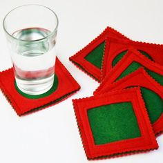 Learn to Machine Sew seam allowance practice tutorial: Simple felt coasters DIY. Easy reverse appliqué felt coasters in any color or shape. Quilted Coasters, Felt Coasters, Diy Coasters, Easy Sewing Projects, Sewing Projects For Beginners, Sewing Hacks, Sewing Tools, Felt Squares, Sewing Courses