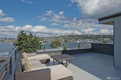 2122 Waverly Pl N Seattle, WA 98109 - $899,950 -
