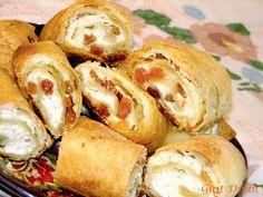 Croissant, Pretzel Bites, Deserts, Bread, Food, Romanian Recipes, Brot, Essen, Crescent Roll
