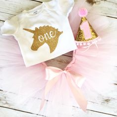 Unicorn First Birthday Outfit - Unicorn Birthday - One Cake Topper - Pink and Gold - Tutu - Birthday Girl - Cake Smash - Birthday Shirt First Birthday Outfit Girl, 1st Birthday Cake Smash, First Birthday Shirts, Baby Girl First Birthday, Unicorn Birthday Parties, Unicorn Party, First Birthday Parties, First Birthdays, Birthday Ideas