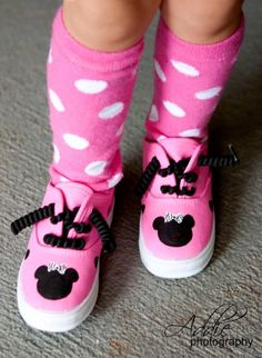 Safari Mouse Hot Pink Minnie Mouse Shoes