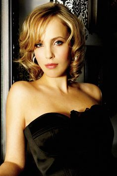 Jazz great - Sophie Milman.  So young to be so talented and sophisticated.  HH